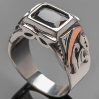 Перстень мужской из серебра 925 пробы арт. 273к