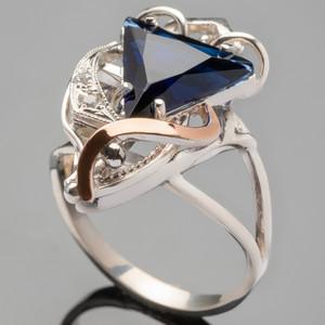 Кольцо серебряное 925 пробы с золотыми вставками арт. 271к
