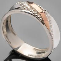 Серебряное кольцо 925 пробы с золотом арт. 365к