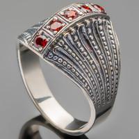 Серебряное кольцо 925 пробы с фианитами арт. 473к