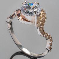 Кольцо серебряное 925 пробы с золотыми вставками арт. 429к