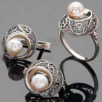 Кольцо серебряное 925 пробы с жемчугом черненное арт. 490к