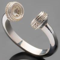 Серебряное кольцо 925 пробы с фианитами арт. 507к