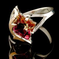 Серебряное кольцо 925 пробы с золотом арт. 520к