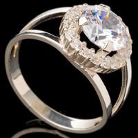 Серебряное кольцо 925 пробы с фианитами арт. 528к