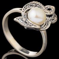 Кольцо серебряное 925 пробы с жемчугом черненное арт. 635к