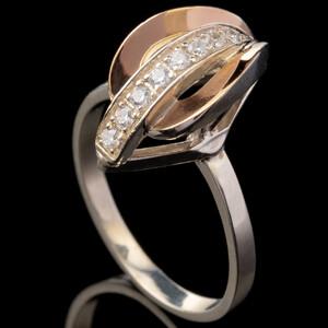 Серебряное кольцо 925 пробы с золотом арт. 486к