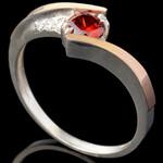 Серебряное кольцо 925 пробы с золотом арт. 597к