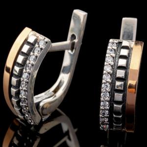 Серебряные серьги 925 пробы с золотыми вставками арт. 620с