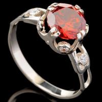 Серебряное кольцо 925 пробы с фианитами арт. 645к