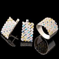 Серебряное кольцо 925 пробы с фианитами арт. 649к