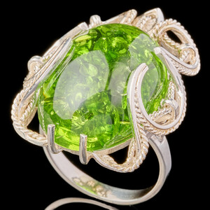 Серебряное кольцо с кабошоном арт. 655к