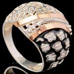 Серебряное кольцо 925 пробы с эмалью арт. 641к