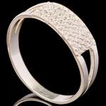 Серебряное кольцо 925 пробы с фианитами арт. 689к