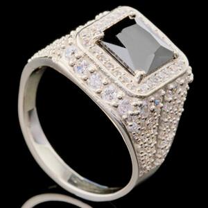 Перстень мужской из серебра 925 пробы арт. 693к