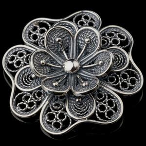Серебряная брошка 925 пробы  арт. 718