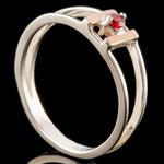 Серебряное кольцо 925 пробы с золотом арт. 709к