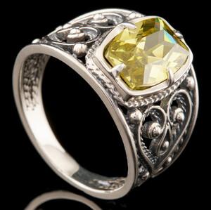 Серебряное кольцо 925 пробы арт. 766к