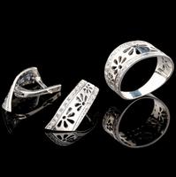 Серебряные серьги 925 пробы с фианитами арт. 529с